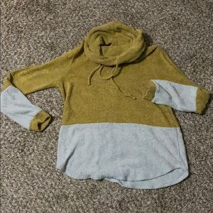Boutique mustard and cream mock neck sweater